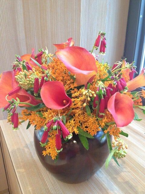 bouquet de fleurs orange rose galerie des créations florales