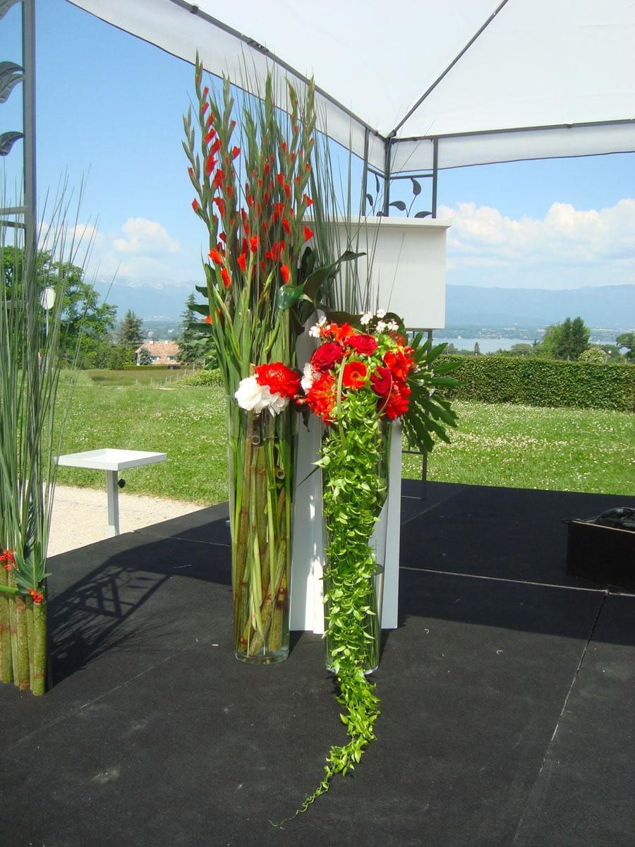 décoration florale en hauteur événement galerie des créations florales